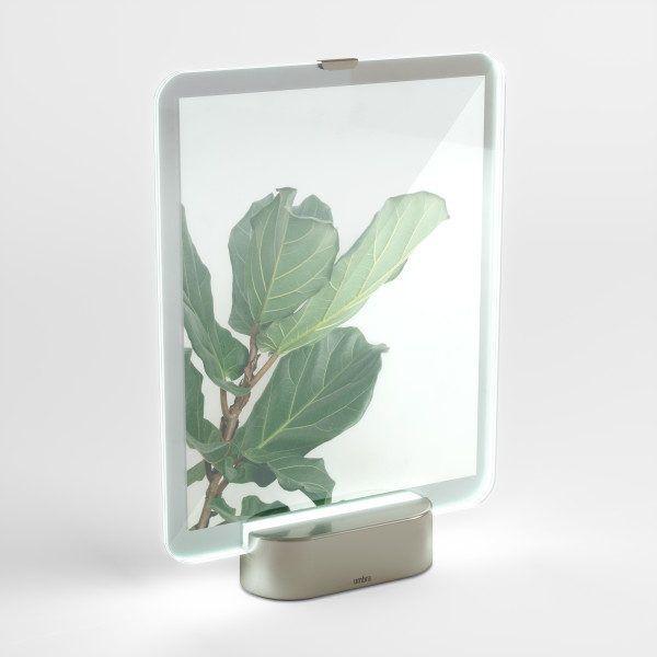 """UMBRA Рамка за снимки с LED светлина """"GLO"""" - 20х25см - цвят никел"""