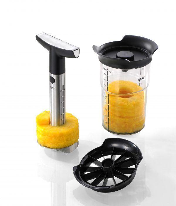 GEFU Метална резачка за ананаси с контейнер PROFESSIONAL PLUS
