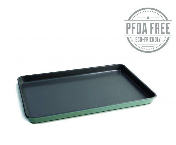 pfoa baking tray angled 2222 scaled