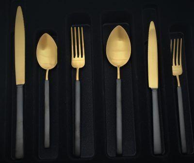 """HERDMAR Комплект прибори за хранене """"VINTAGE""""- 36 части- златни с черна дръжка - PVD покритие - мат"""
