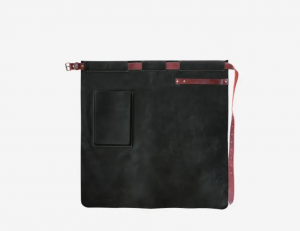YAKO & CO Ръчно изработена кожена престилка с джоб- черен цвят
