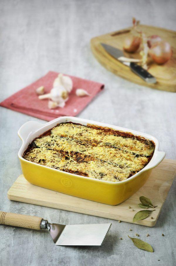 eh 962x amb platfour baker lasagna v scaled Марка: Emile Henry <br />Модел: EH 9628-36<br />Доставка: 2-4 работни дни<br />Гаранция: 2 години