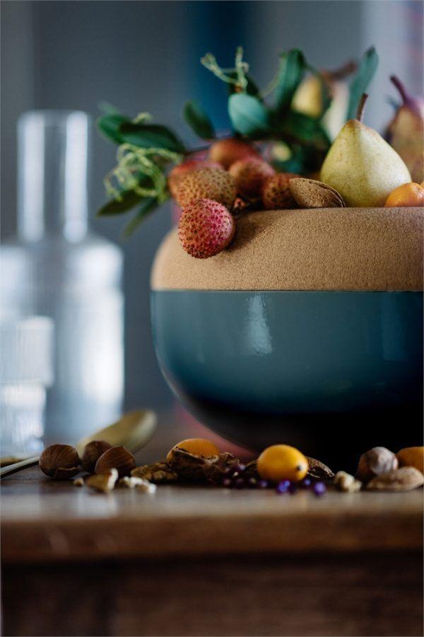 eh 8765 amb grdcoupeconserv largestoragebowl fruitsnuts profile 97 v Марка: Emile Henry <br />Модел: EH 8765-97<br />Доставка: 2-4 работни дни<br />Гаранция: 2 години